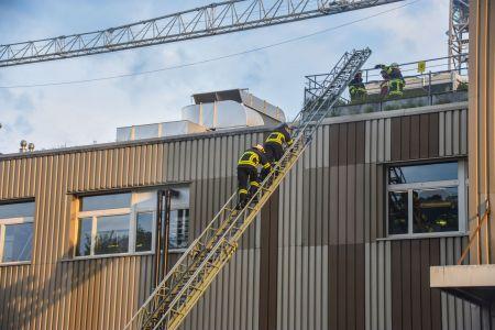 Hauptübung 17.05.2019 Rettung über die Leiter.jpeg
